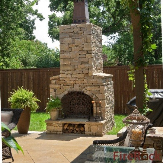 Outdoor kitchens outdoor fireplaces and pizza ovens for Firerock fireplace cost